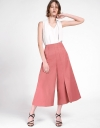 Wide-Leg Pleated Pants With Pockets